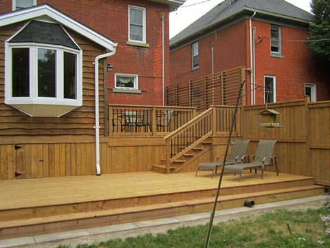 Deck & Fencing Contractor In Woodstock